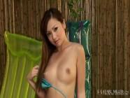 Asian Finger Banger Tia Tanaka Uses Her Dildo Too & Cums!
